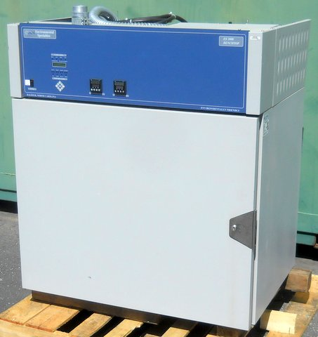 ES2000 CDM-BT Environmental Test Chamber