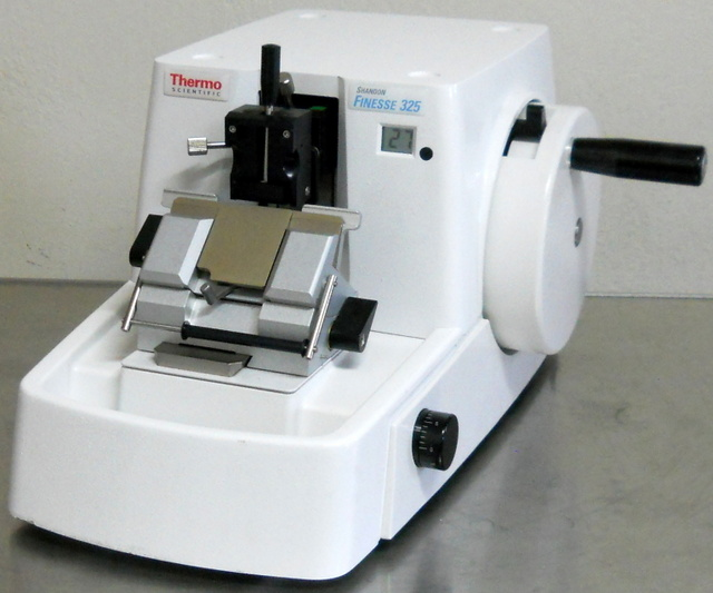 Shandon Finesse 325 Manual Rotary Microtome
