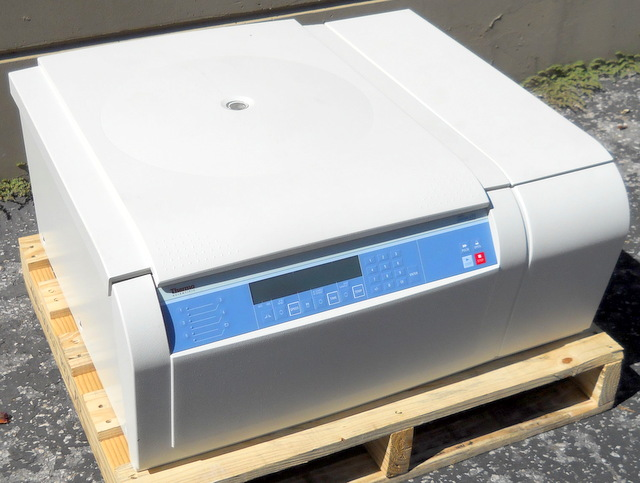 Legend XTR Refrigerated Benchtop Centrifuge