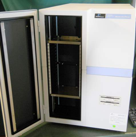 1450-023 Trilux MicroBeta Liquid Scintillation and Luminescence Counter with 2 Detectors